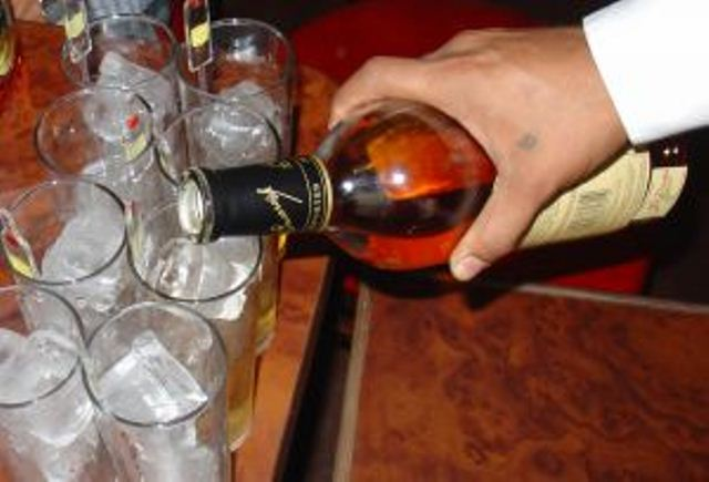 GINÁSTICA CEREBRAL <BR/> Bebidas alcoólicas diminuem a atividade neuronal - SUPERA - Ginástica para o Cérebro