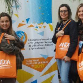 Jéssica Schmidt, Solange Jacob, Claudia de Paula, Patrícia Lessa e Geomacel Carvalho absorvem conhecimentos em congresso