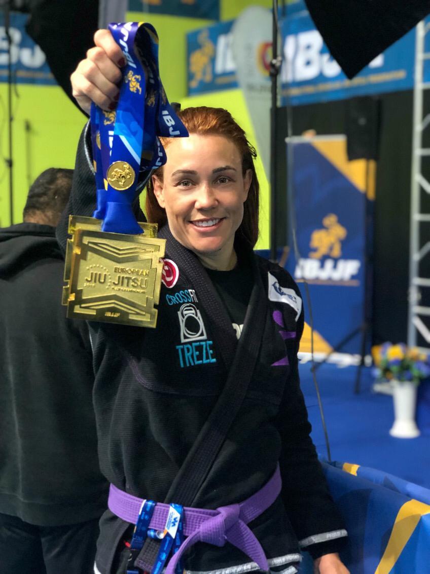 Aluna SUPERA conquista ouro em Campeonato Europeu de Jiu-Jitsu - SUPERA - Ginástica para o Cérebro