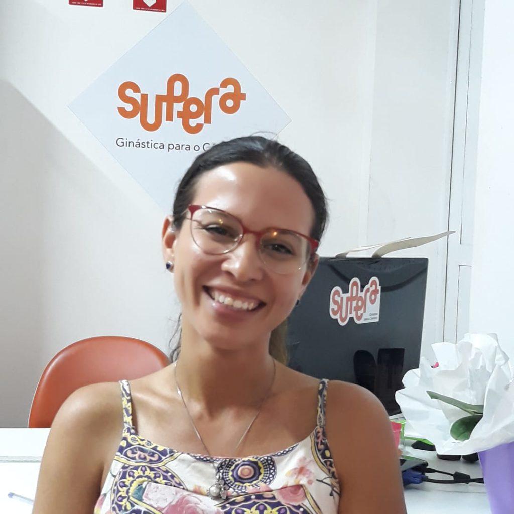 Eu sou Ana Paula, tenho 32 anos, sou enfermeira e concurseira
