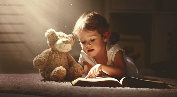 Dia Internacional do livro: O que acontece no seu cérebro quando você lê todos os dias? - SUPERA - Ginástica para o Cérebro