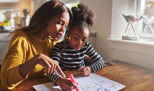 Como a estimulação cognitiva ajuda o seu filho a melhorar na escola ainda neste ano? - SUPERA - Ginástica para o Cérebro